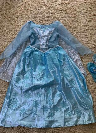 Платье эльза с перчатками на 7-8лет