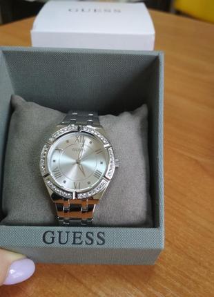 Продам оригинальные часы guess