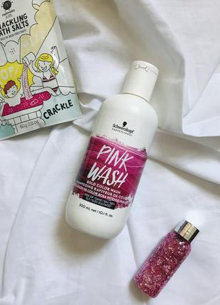 Тонирующий шампунь pink wash schwarztskopf розовый