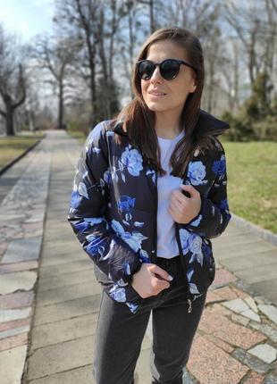 Курточка в цветы