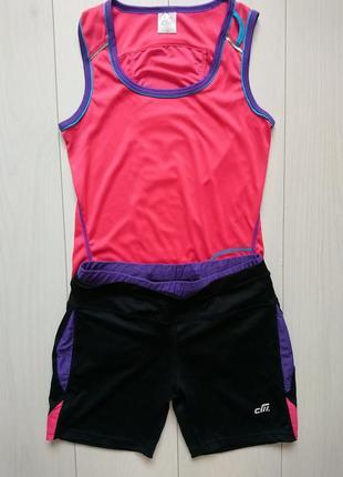 Спортивний костюм для бігу
