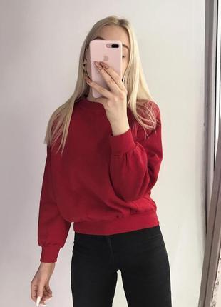 Теплый красный свитшот