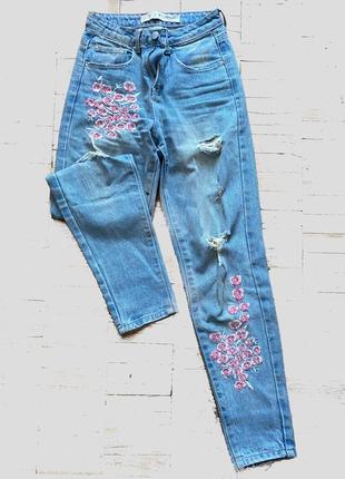 Красивые стильные джинсы denim co