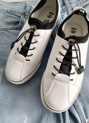 Актуальні білі кеди кросівки весна літо
