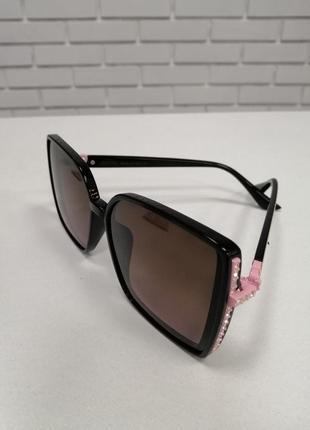 Женские солнцезащитные очки ch с камнями2 фото