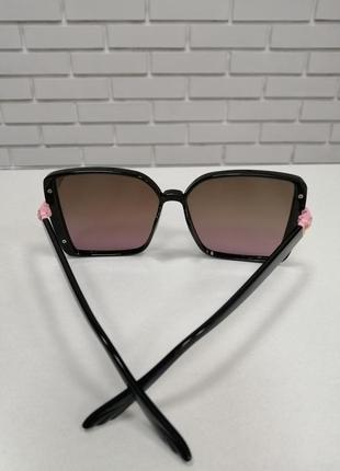 Женские солнцезащитные очки ch с камнями3 фото