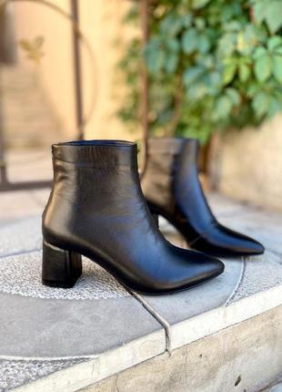 Ботинки на каблуке женские натуральная кожа
