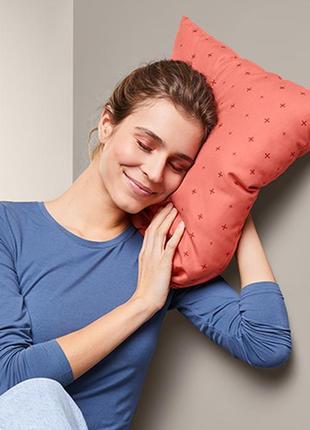 Подушка складная дорожная tchibo