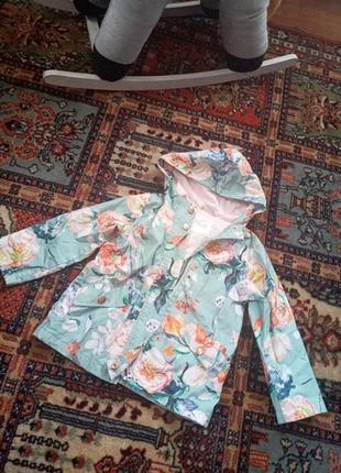 Курточка весняна на дівчинку ,фірмова