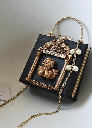 Нереальная черная каркасная небольшая сумка через плечо золото