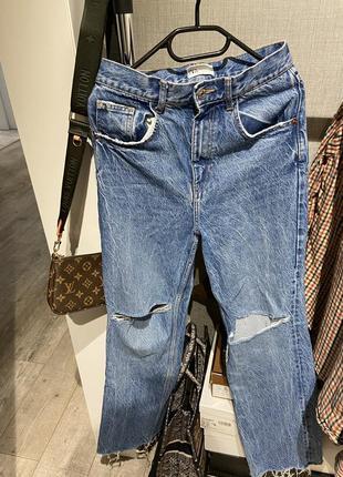 Шикарные широкие джинсы клёш с разрывами zara 20219 фото