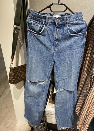Шикарные широкие джинсы клёш с разрывами zara 20213 фото