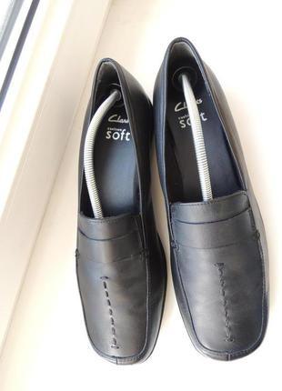 Мягкие фирменные кожаные туфли мокасины clarks р.40 (евро 7) (26 см)