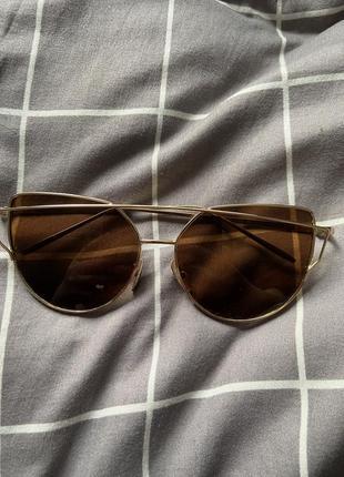 Очки солнцезащитные. очки от солнца