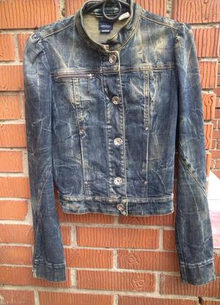 Стильный  короткий джинсовый пиджак  medium