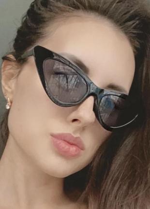 Классные очки в ретро стиле