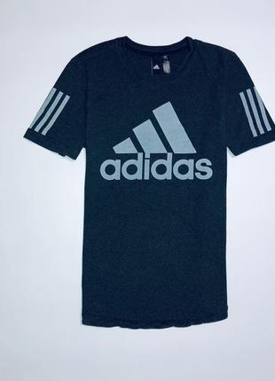 Футболка от фирмы adidas