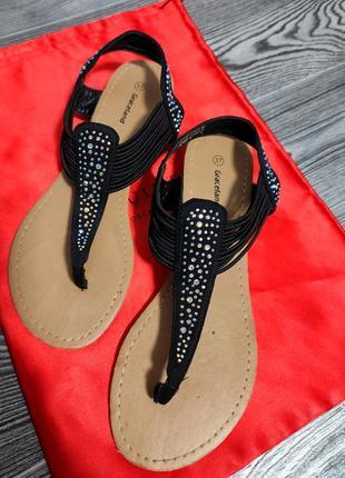 Вьетнамки шлепки босоножки в камнях летняя обувь