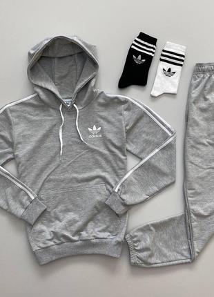 Костюм adidas: худи-штаны весна/осень (2 пары носков в подарок)