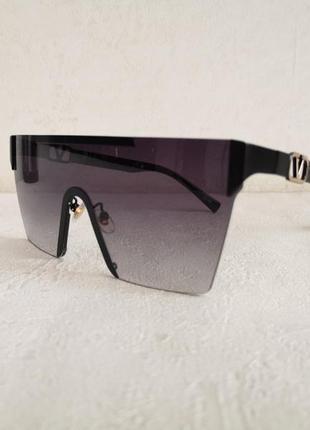 Солнцезащитные очки, 2021