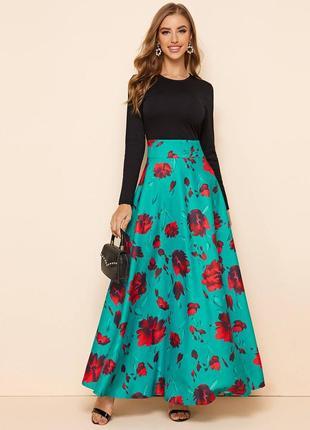 Очень красивое платье 12 р