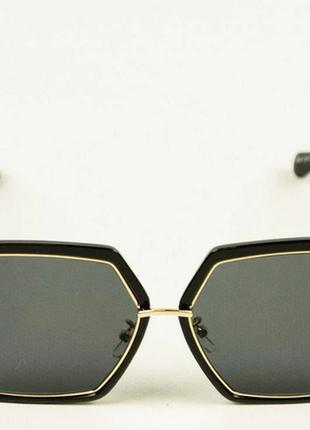 Солнцезащитные квадратные очки женские