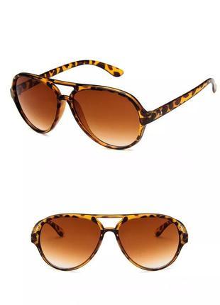 Качественные очки авиаторы солнцезащитные ретро леопардовые роговые окуляри коричневі