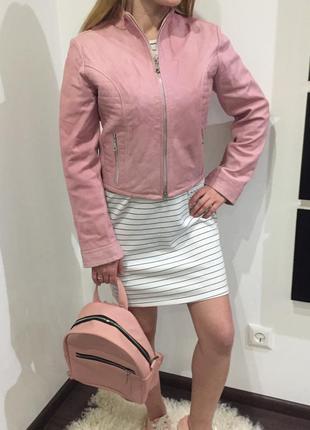 Крутая натуральная кожаная розовая /нюдовая куртка /кожанка /косуха / италия /