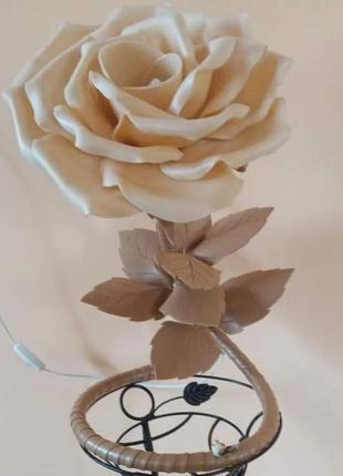 Роза підсвічник із ізолона