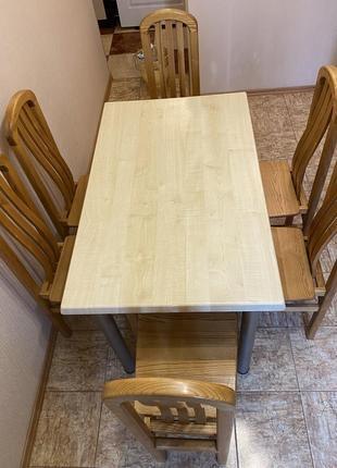 Комплект дубовых стульев