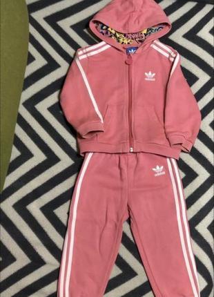 Спортивный костюм adidas 12-18m