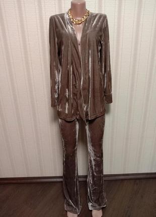 Велюровый молодежный костюм