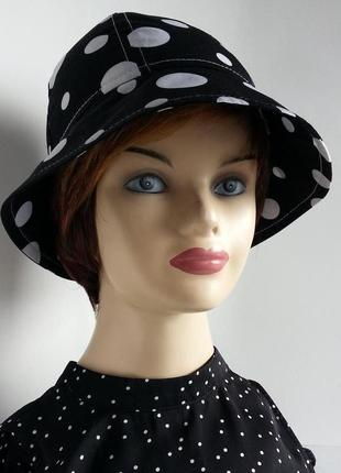 Женская шляпка. летняя. большие белые горохи на черном.