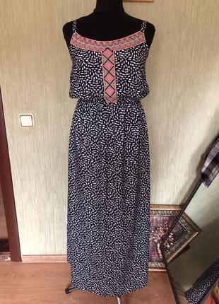 Сарафан/плаття