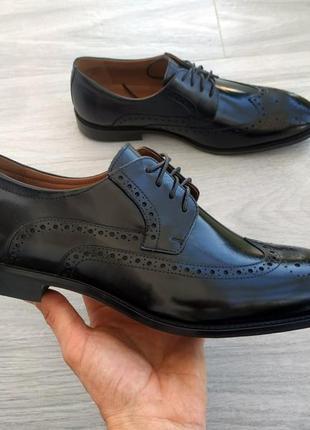 Чоловічі стильні туфлі борги