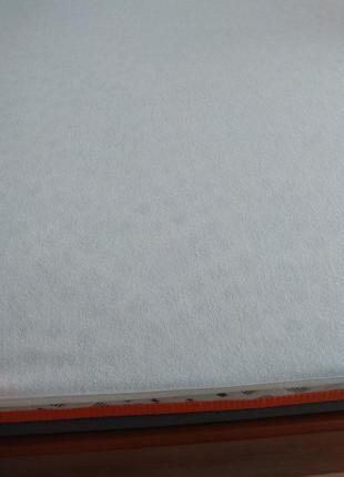 Наматрасник водонепроникний (водонепроницаемая простынь) аквастоп