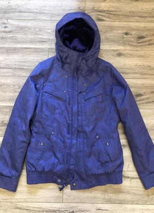 Сноубордическая удлинённая куртка burton