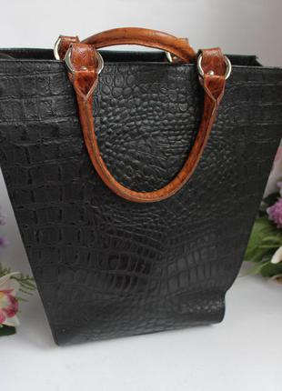Эффектная дорогая необычная кожаная сумка, натуральная кожа vera pelle