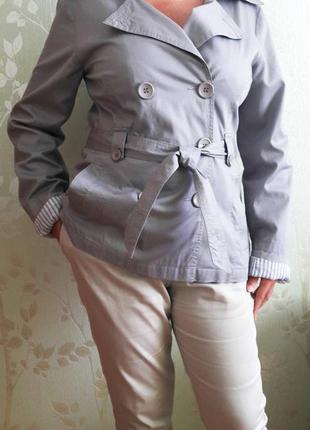 Стильный пиджак с поясом р.12-14