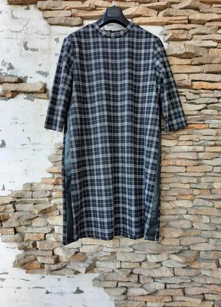 Стильное с лампасами по бокам платье 👗большого размера