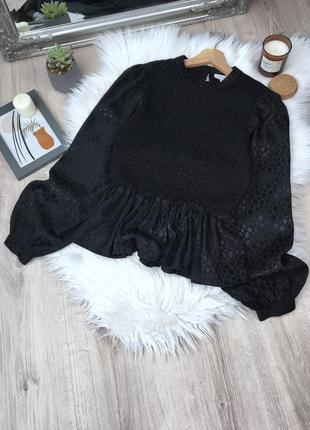 Чёрная блуза с объемными рукавами topshop