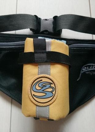 Спортивна сумка бананка на поясі