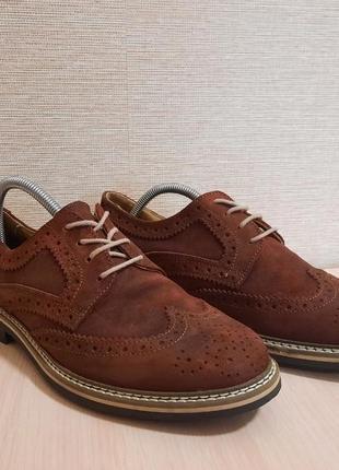 Шалені знижки💥💥 добротные туфли,броги от bata,сток!