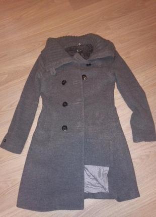 Пальто тепле