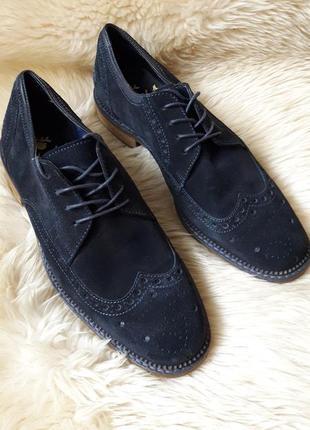 Фирменные замшевые туфли броги/ дерби 41 размер индия