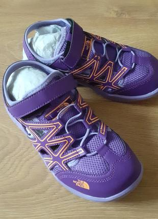 The north face кроссовки  летние с открытой пяткой сандали  36 размер новые