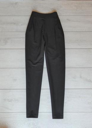 Классические черные брюки с высокой посадкой от asos