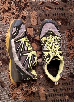 Кроссовки для бега для зала