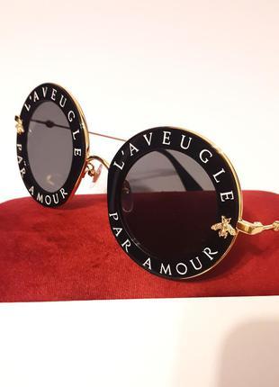 Роскошные солнцезащитные очки gucci под красивейшим названием l'aveugle par amour