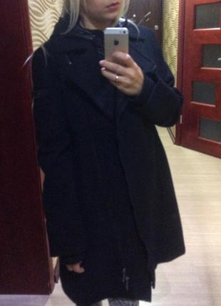 Пальто косуха ( капюшон отстегивается) esprit